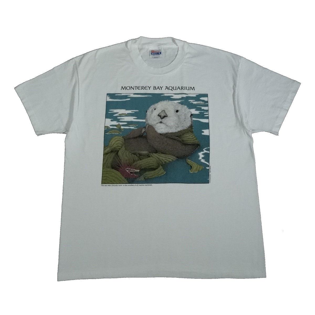 monterey bay aquarium sea otter vintage t shirt front